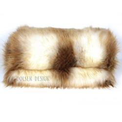 biało ruda narzuta, koc ze sztucznego futra młodego rudego lisa